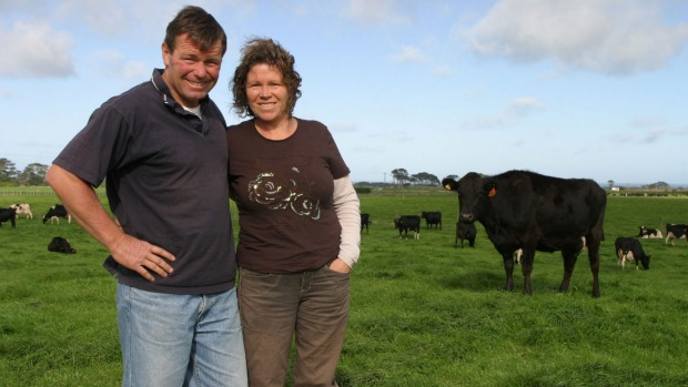 Taranaki organic dairy farmers Stephen and Janet Fleming say the new payment system should encourage more farmers into organics.